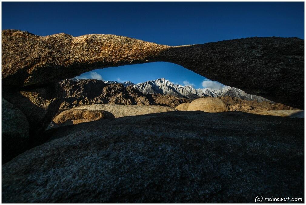 Der Lathe Arch kurz nach Sonnenaufgang