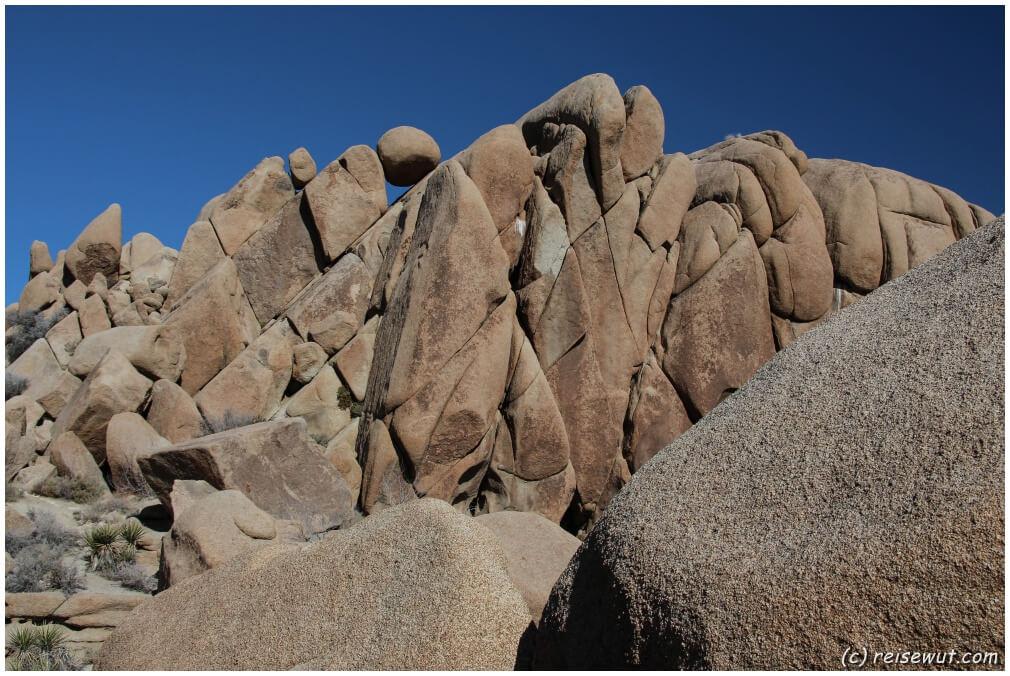 Der Kugelfelsen bei der Jumbo Rocks Area