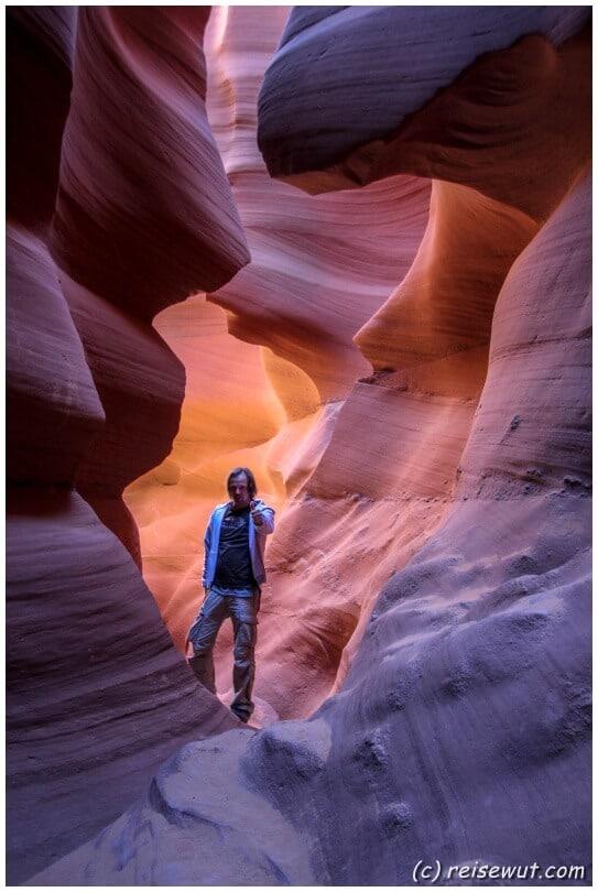 Lower Antelope Canyon ...