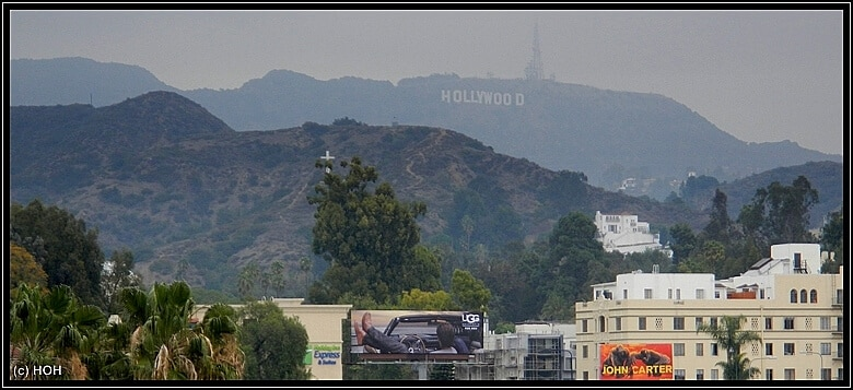Blick aufs Hollywood Sign vom Walk of Fame aus