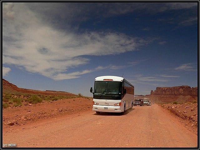 Preisfrage: WER könnte in diesem Bus sitzen?