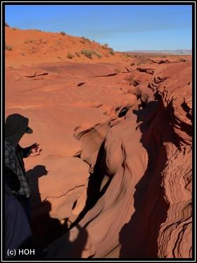 Passt man DA wirklich durch? JA ! Der EIngang zum Lower Antelope Canyon