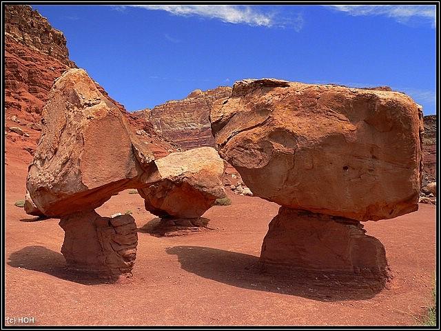 Die Felsbrocken sind deutlich größer, als man meint
