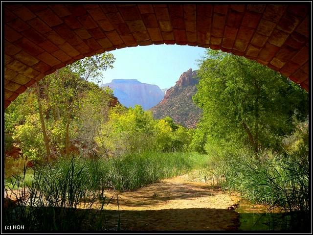 Blick durch die Pine Creek Bridge