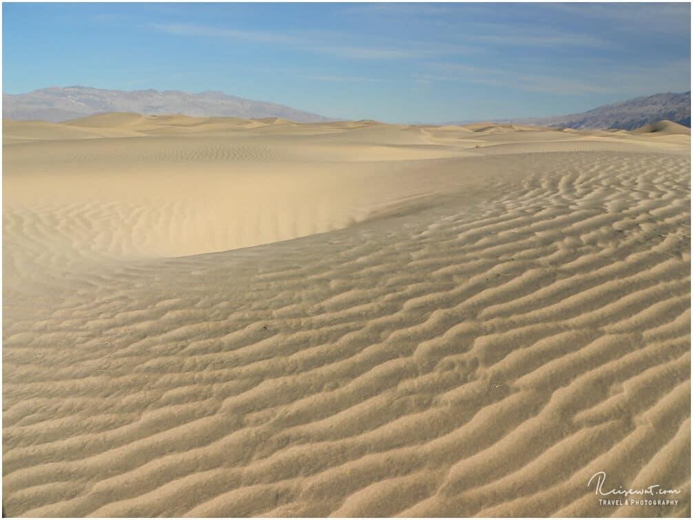 Das Areal hier ist riesen groß, wer zu Fuß herum laufen möchte, sollte zwingend genügend Wasser mitnehmen