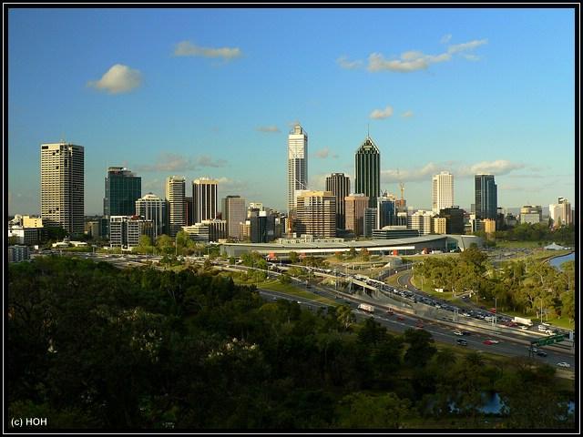 Blick vom Kings Park auf die Skyline von Perth