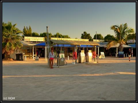 Coral Bay Tankstelle
