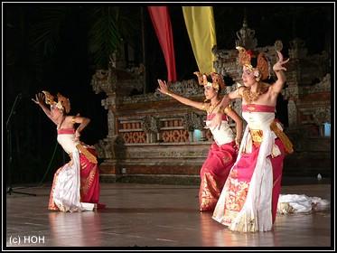 Tänzerinnen in einer Show