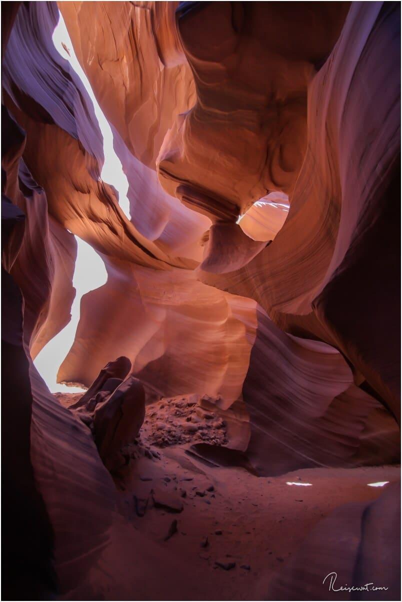 Einer von drei Arches im Lower Antelope Canyon