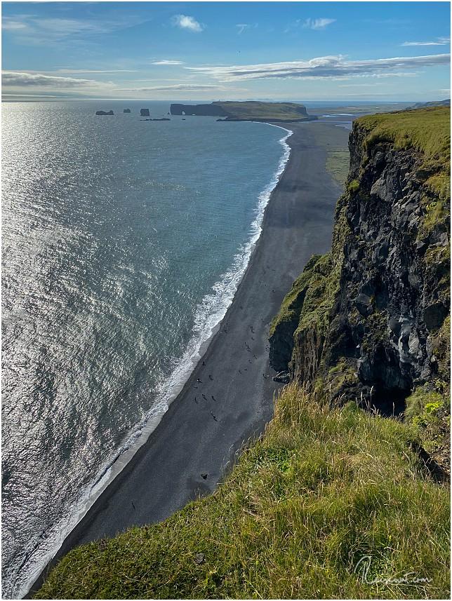 Blick vom Reynisfjall in Richtung Dyrholaey