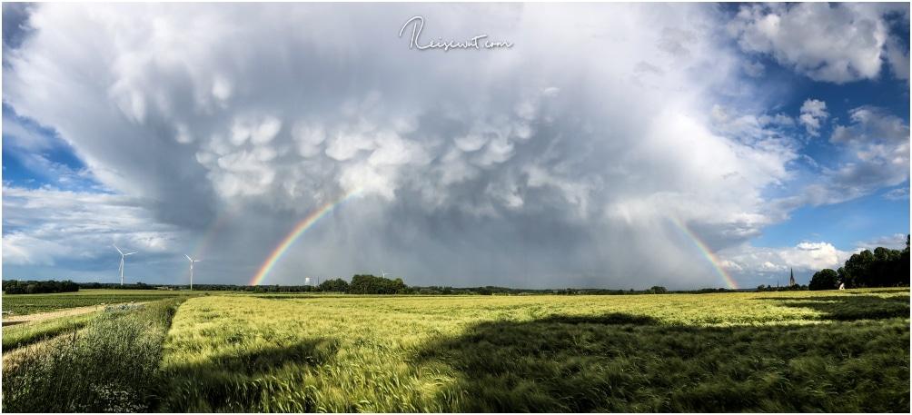 Mammatuswolken über dem Ruhrgebiet bei Recklinghausen sind ein recht seltener Anblick