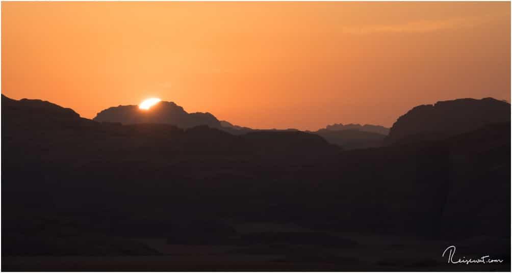 Sonnenuntergang im Wadi Rum in Jordanien