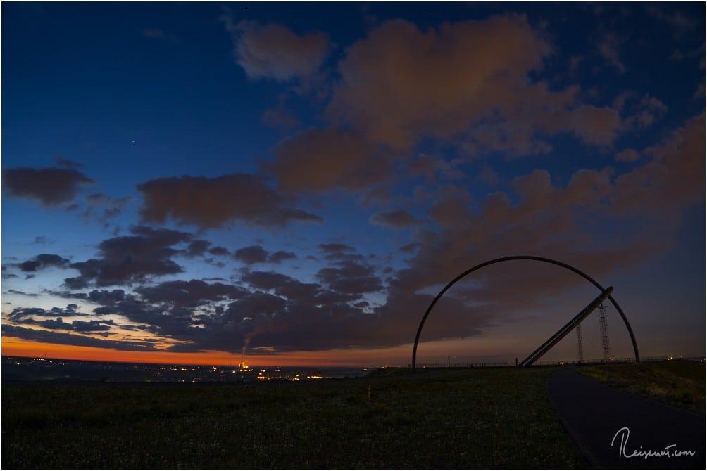 Kurz nach dem ersten Licht, der Sonnenaufgang scheint vielversprechend zu werden.
