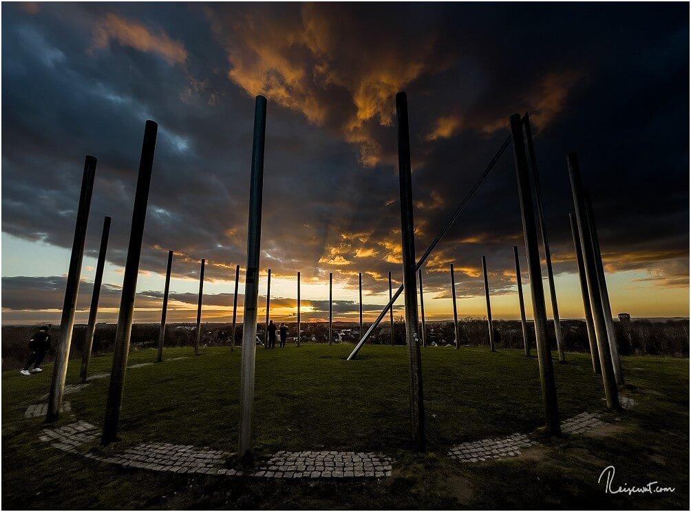 Sonnenuntergangsstimmung auf der Halde Schwerin bei Castrop