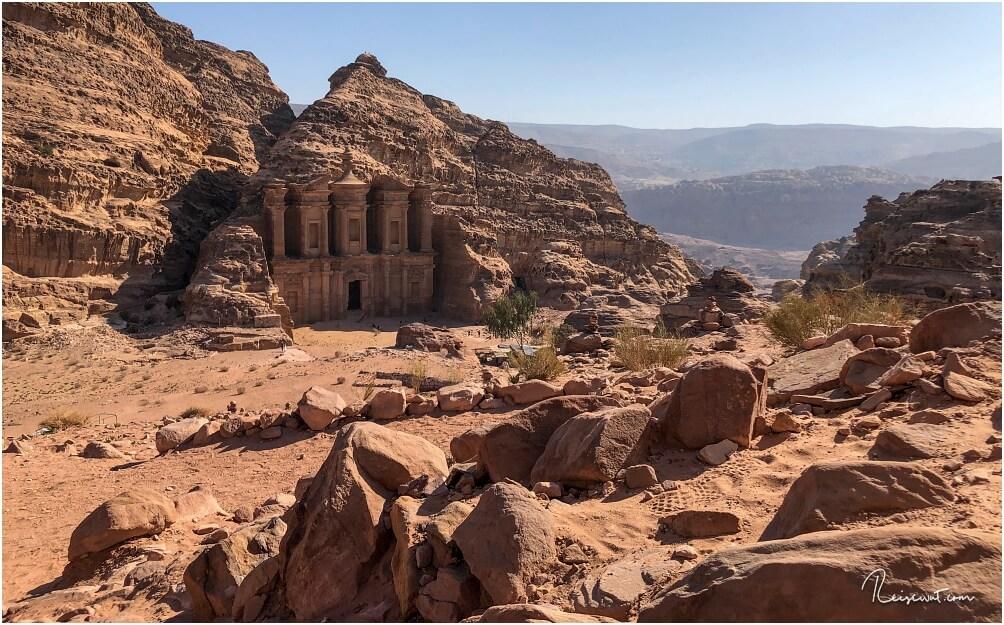 Fast noch beeindruckender als das Schatzhaus. Ad-Deir in Petra