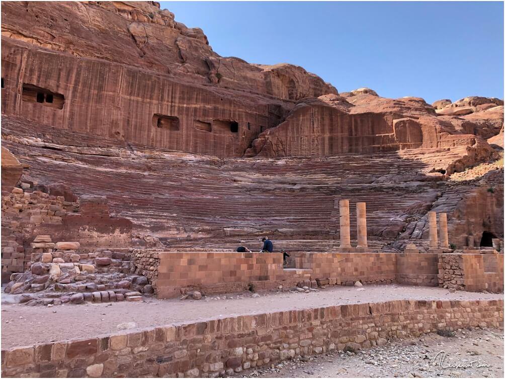 Das Kolosseum in Petra aus der Nähe