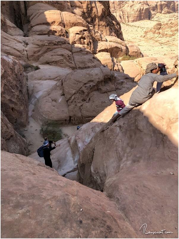 Der Burdah Rock Bridge Trail ist nichts für Leute, die Klettereinlagen vermeiden wollen