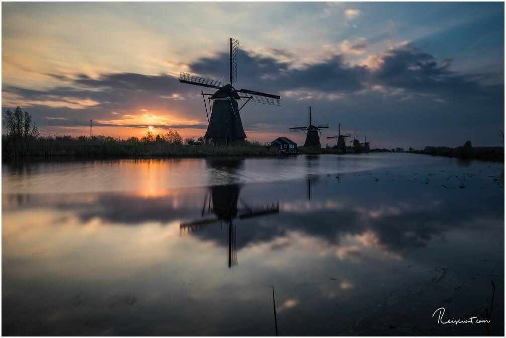 Rechtzeitig zum Sonnenaufgang bin ich bei den Windmühlen in Kinderdijk gewesen