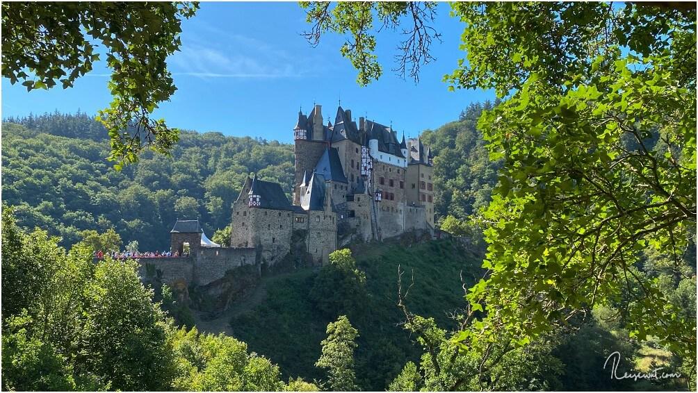 Die Burg Eltz wurde eigentlich erst durch Instagram in letzter Zeit wieder richtig berühmt