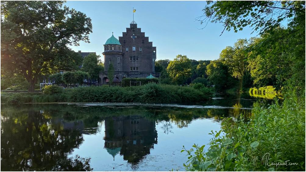 Vermutlich eines der bekanntesten Schlösser im Ruhrgebiet, Schloss Wittringen in Gladbeck
