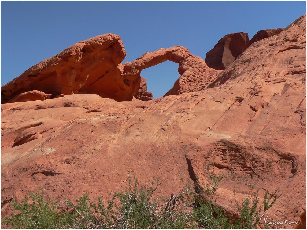 Zum Arch Rock darf man heutzutage leider nicht mehr hoch laufen, aber auch von unten ist er ein toller Anblick