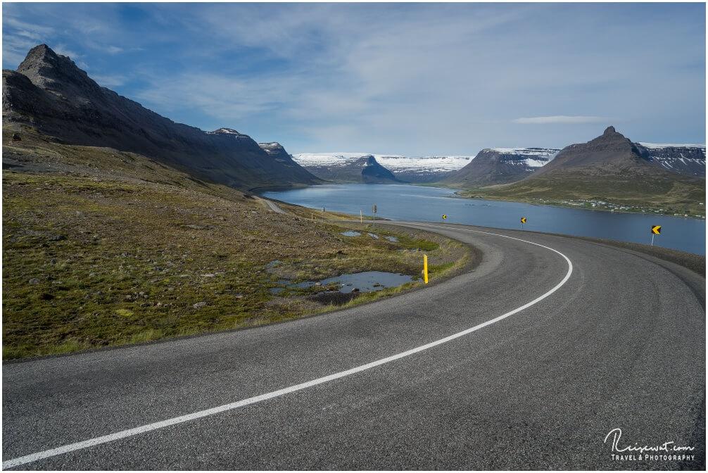 Auch Mitte Juni liegt auf den Pässen in den Westfjorden noch ordentlich Schnee