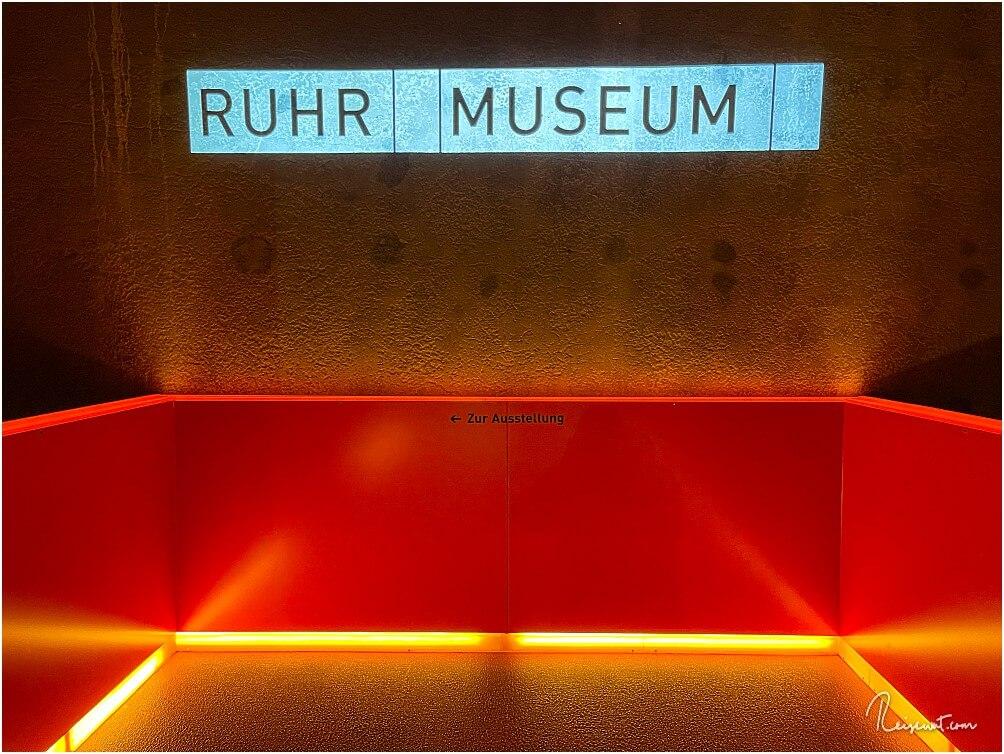 An dieser Stelle beginnt das futuristisch anmutende Treppenhaus im Ruhr Museum