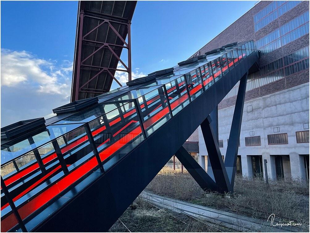 Die Rolltreppe hinauf ins Ruhr-Museum ist bereits das erste kleine Highlight