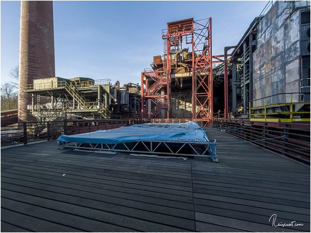 Das Schwimmbad in der Zeche Zollverein befindet sich im Winter im Dornröschenschlaf