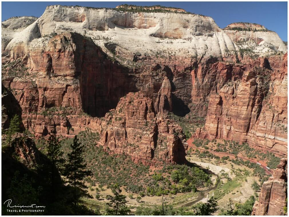 Blick vom Echo Canyon in Richtung Angels Landing
