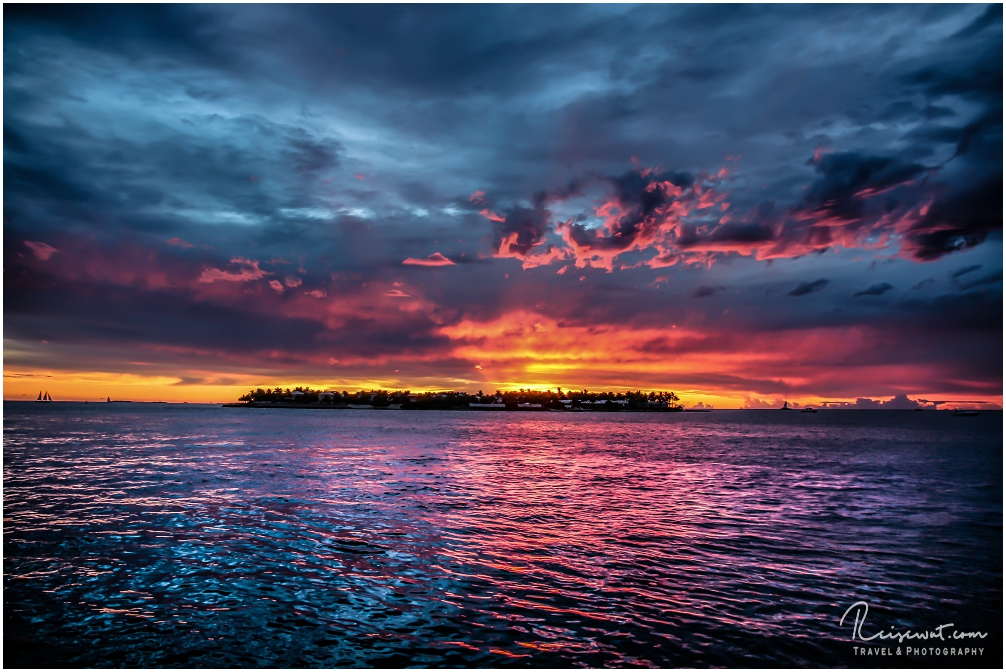 Ein Sonnenuntergang, wie man ihn wohl nur in Key West am Mallory Square erleben kann