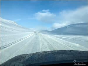 Winterliche Straßen auf dem Weg nach Akureyri