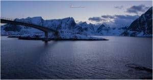 Kurz nach Sonnenuntergang bei der Brücke vom Eliassen Rorbuer
