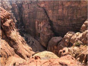 Blick von oben aufs Schatzhaus, kurz vorm finalen Punkt des Indiana Jones Trails