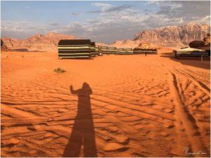 Wadi Rum Nomads Basecamp kurz nach Sonnenaufgang