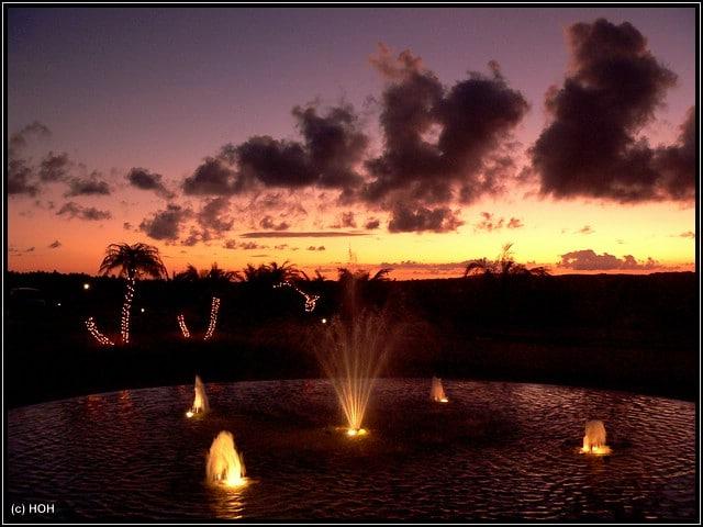 **THE END** ... Sonnenuntergang beim Hotel