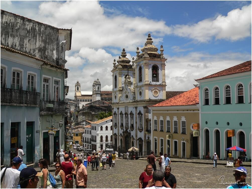 Der Largo de Pelourinho in der Innenstadt Salvadors ist kultureller und touristischer Mittelpunkt der Stadt