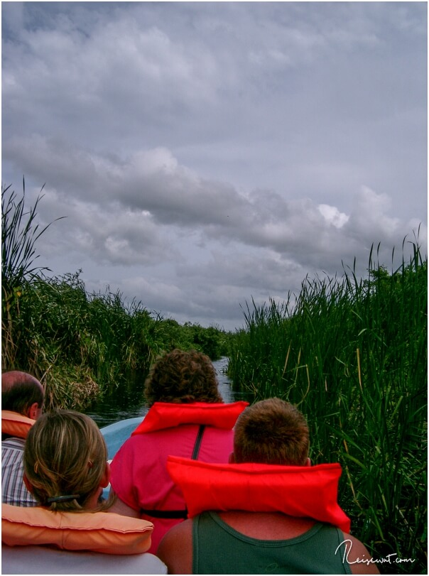 Durch diese schmalen Zufluss gelangen wir zur Laguna Redonda