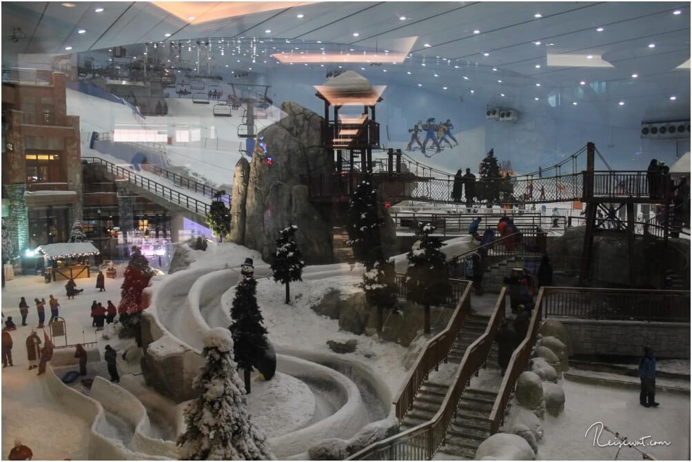 Ski Dubai in der Mall of the Emirates mutet im ersten Moment schon etwas skurril an