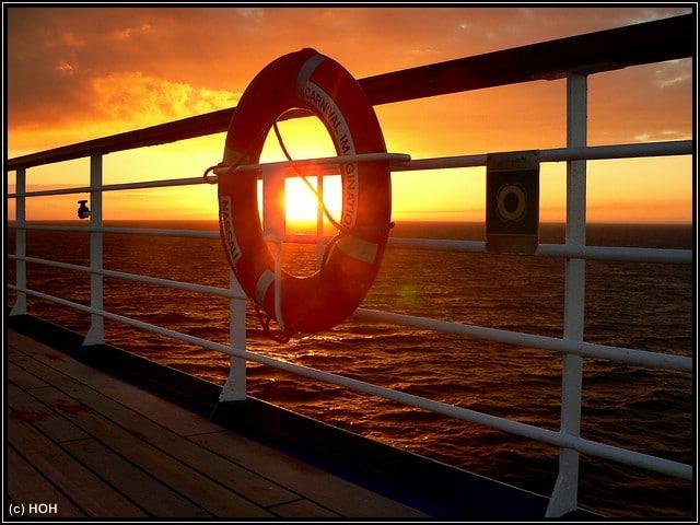 Der erste Sonnenuntergang an Board der Carnival Imagination