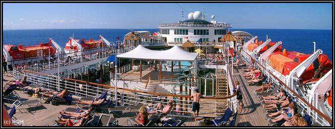 An Deck der Carnival Imagination, SO sieht also ein ganz normaler Seetag aus