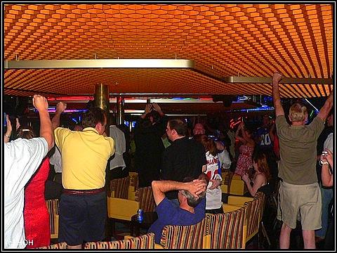 Das Superbowl-Finale in einer der Bars ...