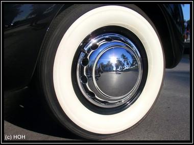 Reifen vom 1938er CORD 810 Phaeton
