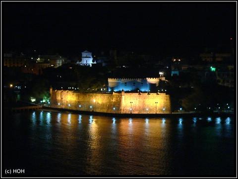 Old San Juan bei Nacht