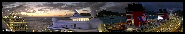 Abendstimmung am Pier von Sint Maarten