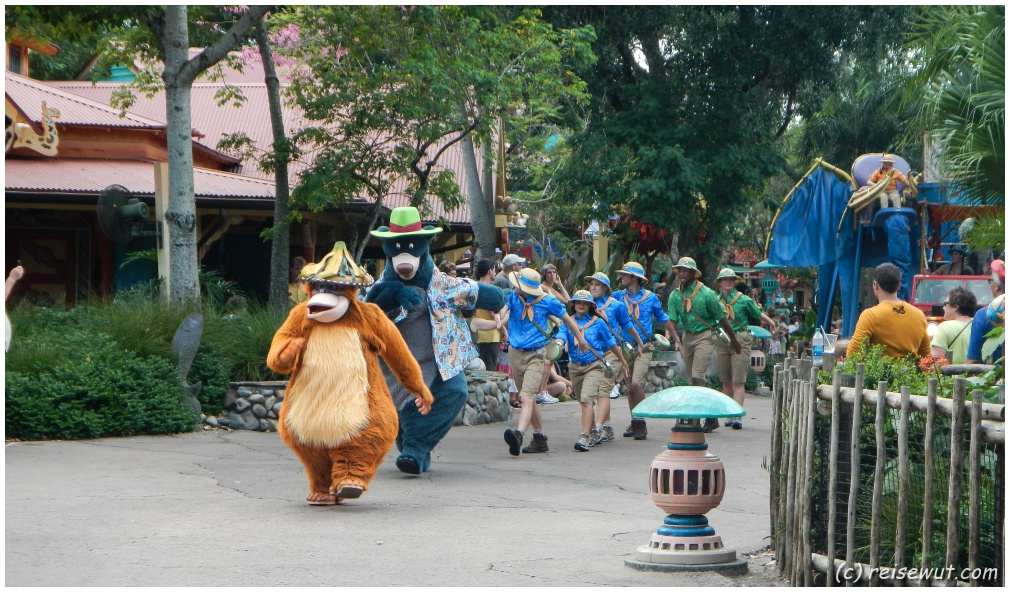 Höhepunkt des Tages ist logischerweise immer die Disney Parade