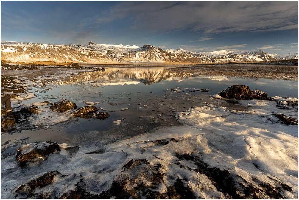 Wenig Wind heißt auf Island immer: Spiegelungen!
