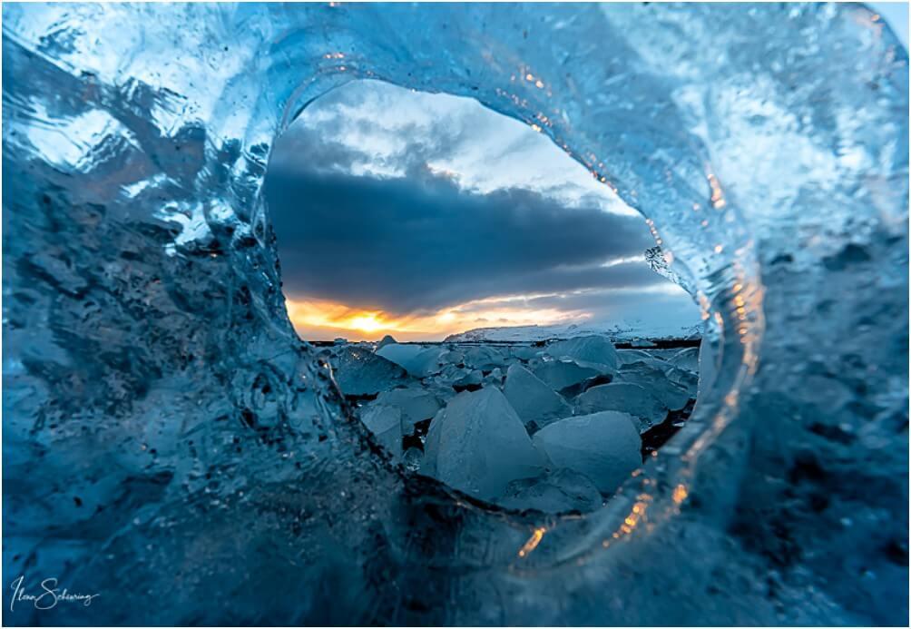 """Quasi ein kleiner, vergänglicher """"Arch"""" im Eis"""