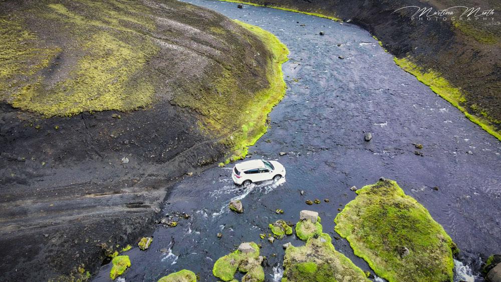 Das furten der Bláfjallakvísl schaut spektakulär aus, tatsächlich ist der Fluss aber für gewöhnlich kein Problem
