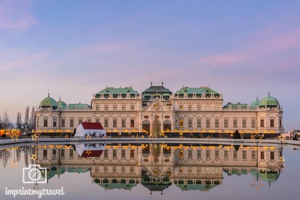 Das Weihnachtsdorf am Schloss Belvedere